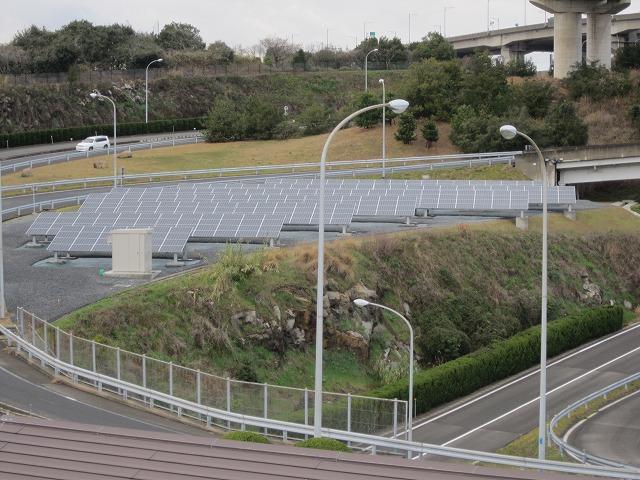2010年4月01日木曜日 与島パーキング 太陽光設置工事